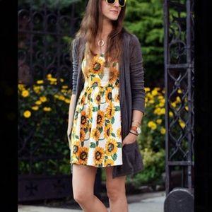 Dresses & Skirts - Sunflower 🌻 sundress